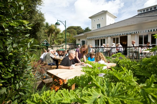 Top Places In Cornwall To Eat In The Garden